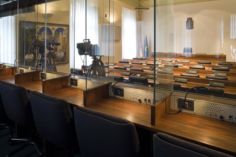 Cabinas de prensa, sala Martínez Marina
